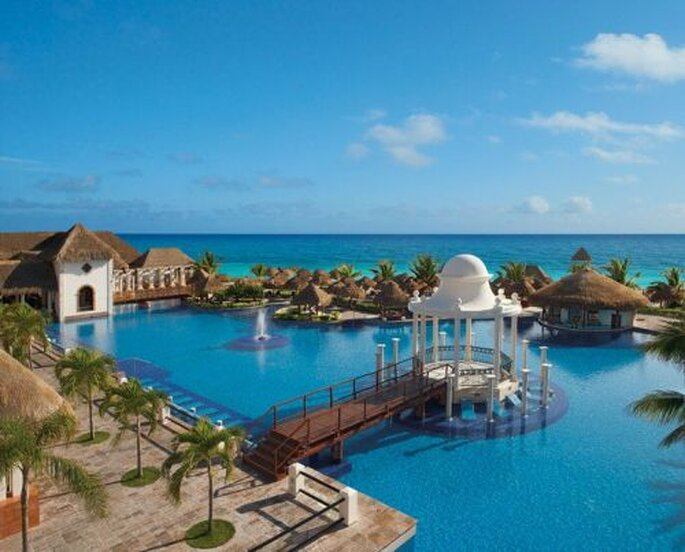 Now Sapphire Riviera Cancún