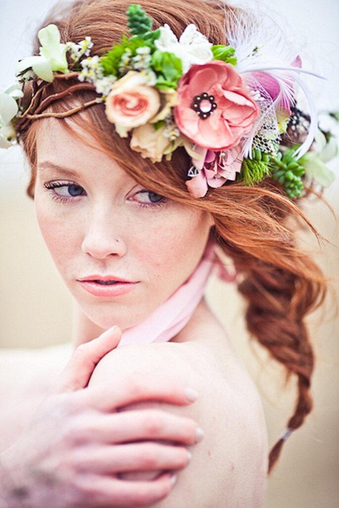 Flores y detalles de plumas pequeñas. Foto: Lianne Nichols