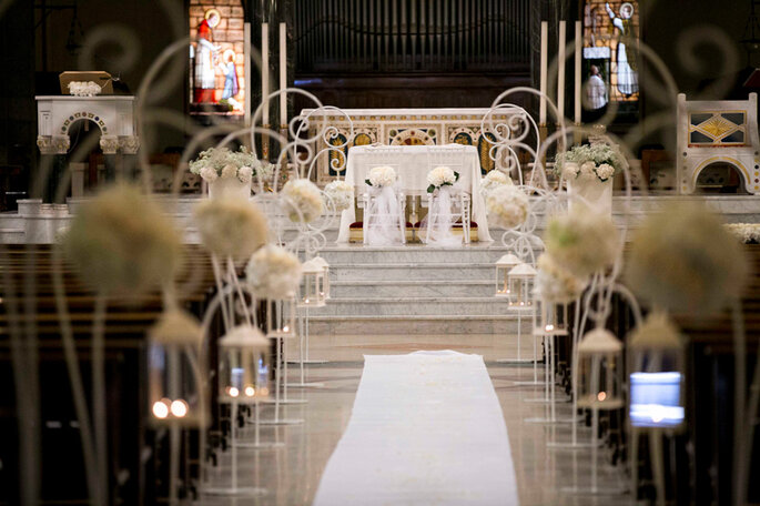 White Rose Wedding Planner