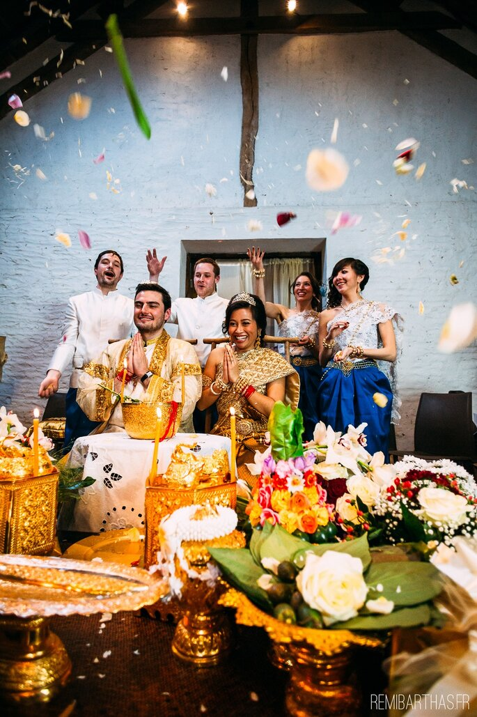 Le mariage franco-cambodgien d'Elisa + Hadrien : Une cérémonie ...
