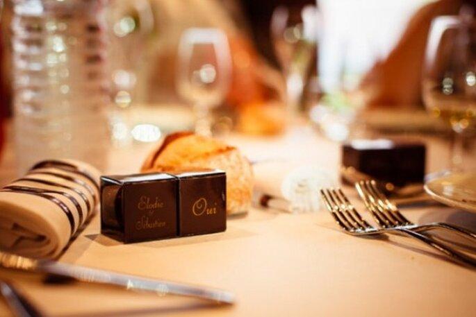 hochzeitstischdekoration von chocolat de mariage kleine leckereien f r ihren hochzeitstisch. Black Bedroom Furniture Sets. Home Design Ideas
