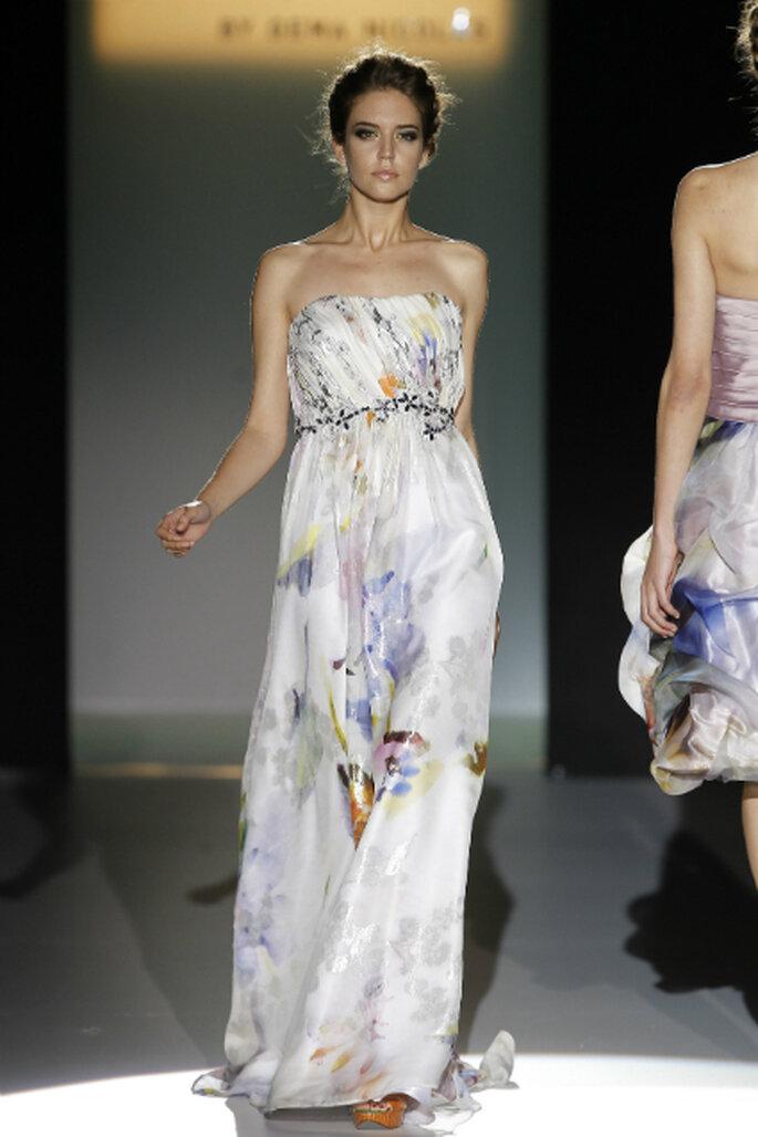 Aber auch florale Muster zieren 2013 zahlreiche Kleider – Foto: CabotineByGemaNicolas