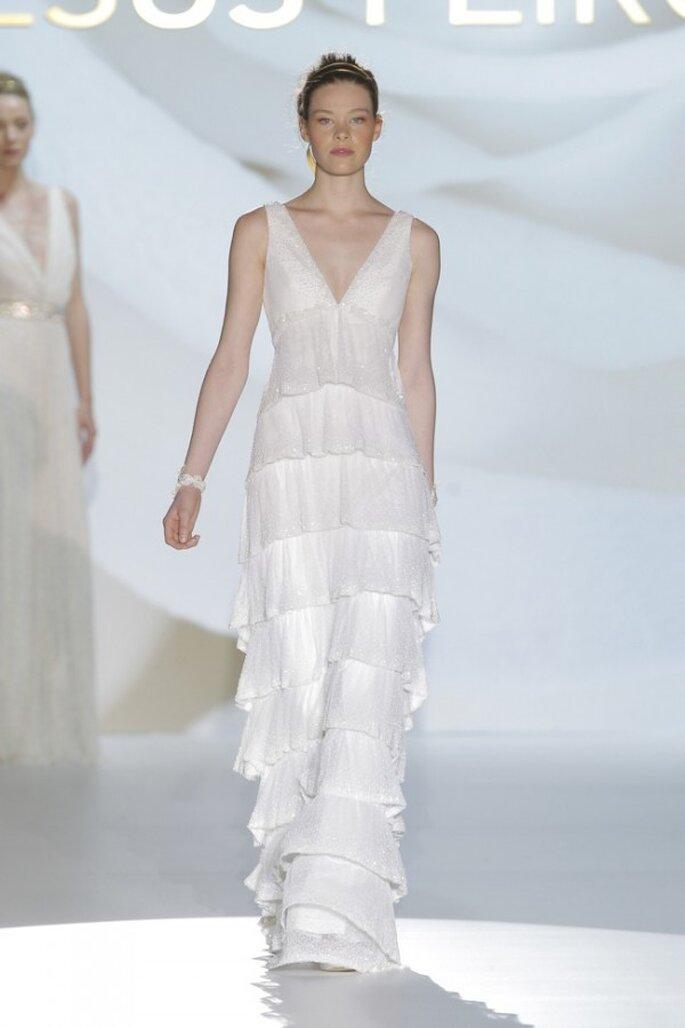 Vestidos de novia primavera 2015 con flequillos - Foto Jesús Peiró