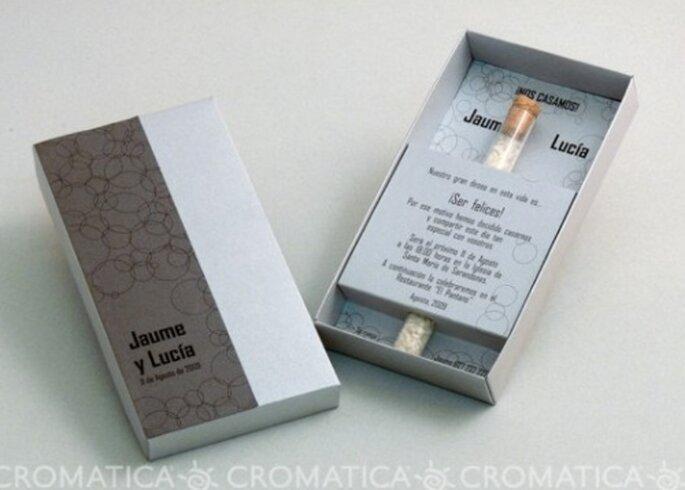 Invitación de boda con arroz, diseño de Organiza Regalos
