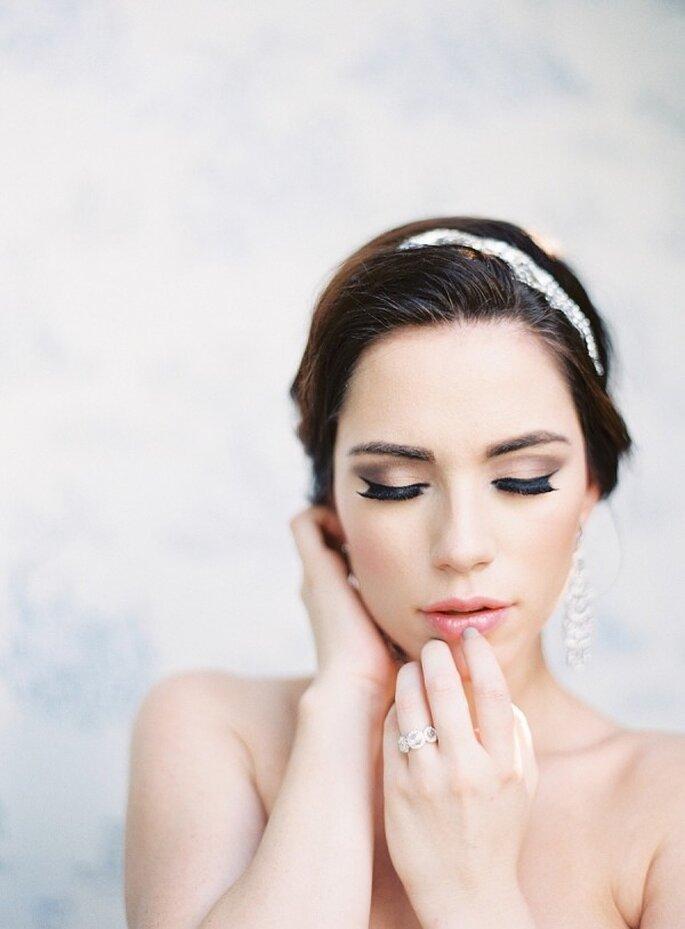 Tips de maquillaje para que tus ojos luzcan más grandes - Marissa Lambert