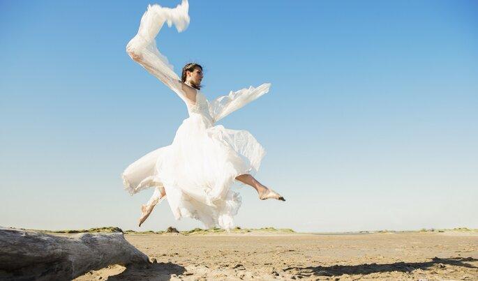 Photo : Du lait pour les fées. Robe d'Ana Quasoar.