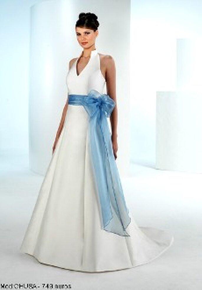 Mercanovias 2010 - Vestido largo de corte princesa, escote en pico, cinturón lazado azul