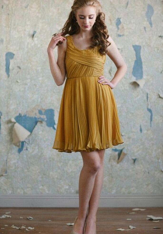 Vestido corto para dama en color mostaza - Foto: Ruche