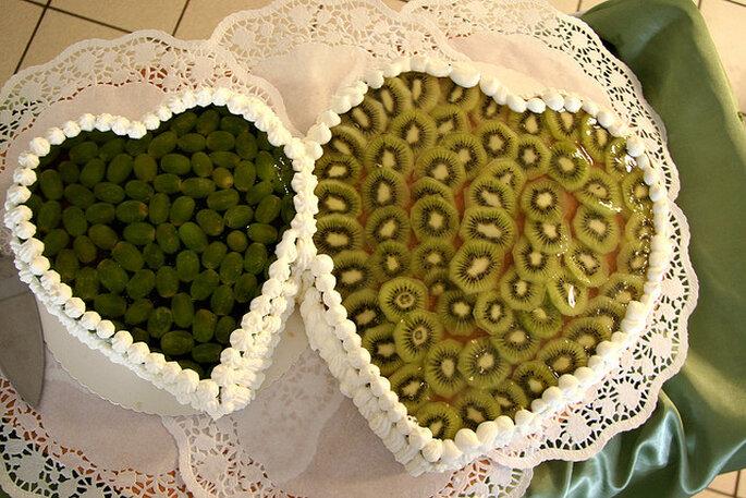 Pasteles en la mesa dulce con forma de corazón. Foto: Angi Unruh