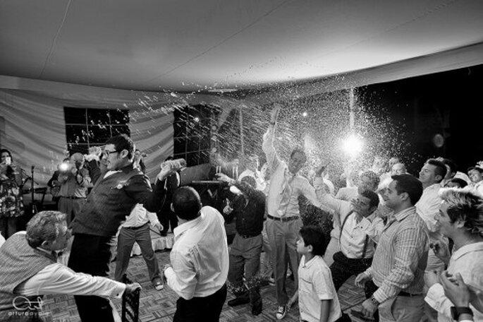 No olvides capturar cada uno de los momentos en la fotografía de tu boda - Foto Arturo Ayala