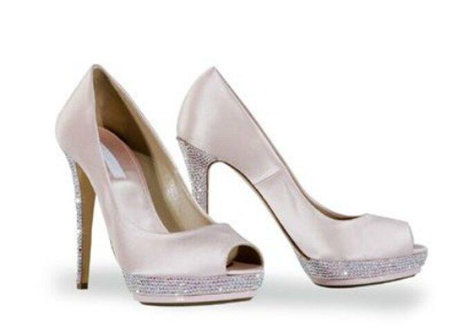 Raso e swarovsky per queste scarpe strepitose firmate Le Silla Foto www.100matrimoni.it