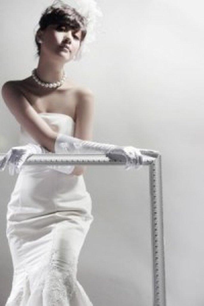 Guanti da sposa lunghi e bianchi