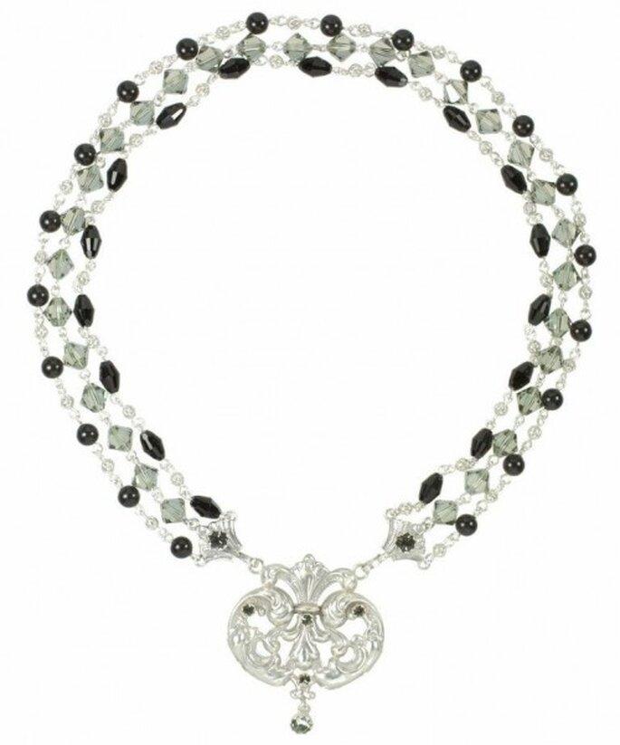 """Collar para novia de cristales claros inspirado en la serie """"Once Upon A Time"""" - Foto Virgins Saints & Angels"""