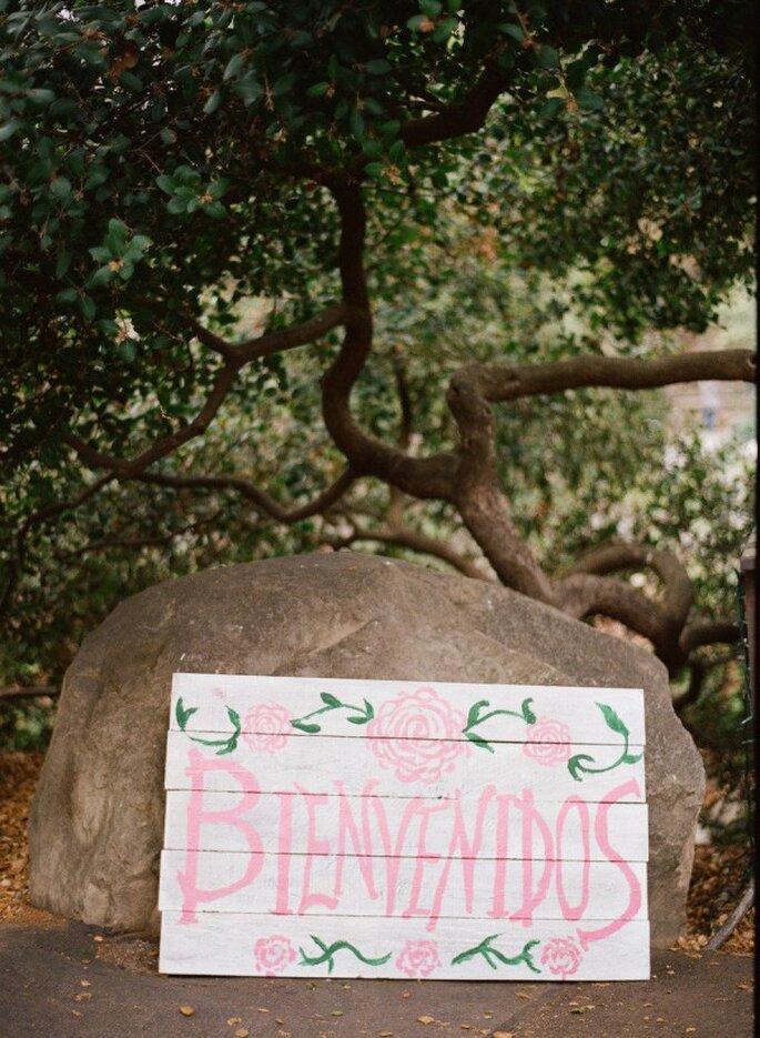 Los mejores acentos de color rosa para decorar tu boda - Foto Raya Carlisle Photography