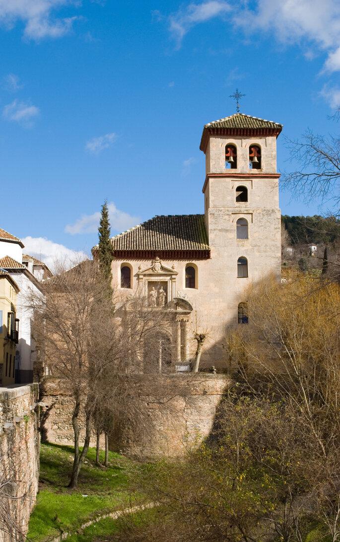 Iglesia de San gil y Santa Ana. Foto: Andrei_Badau