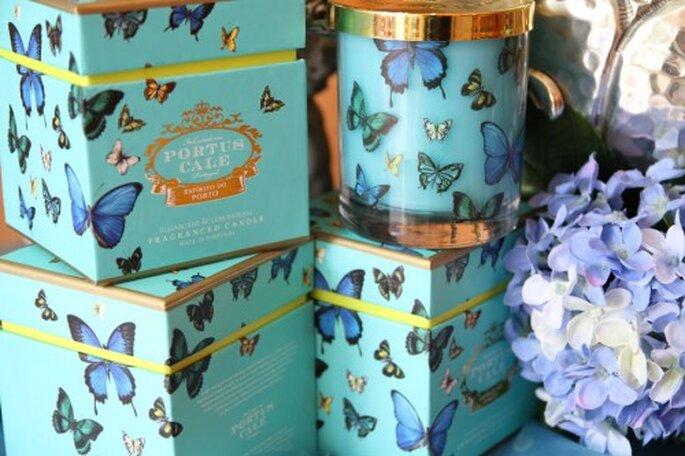 Velas aromáticas azul turquesa para tu boda. Fotografía Bouquet Bouchez