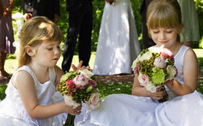 Los niños reflejan su alegria ante una sorpresa
