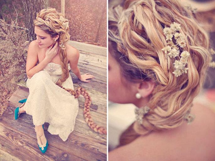 Frisur für Bräute mit langen Haaren - Foto: Connection photography