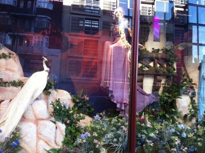 Aparador con el vestido de novia inspirado en Rapunzel - Foto Jenny Packham