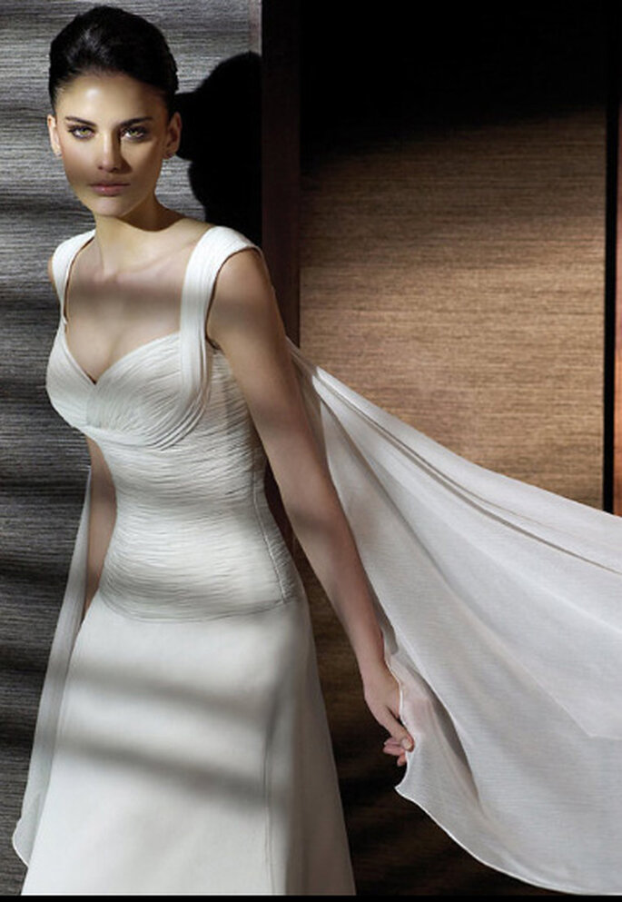 Vestido de novia con tirantes - Modelo Cafetal de San Patrick