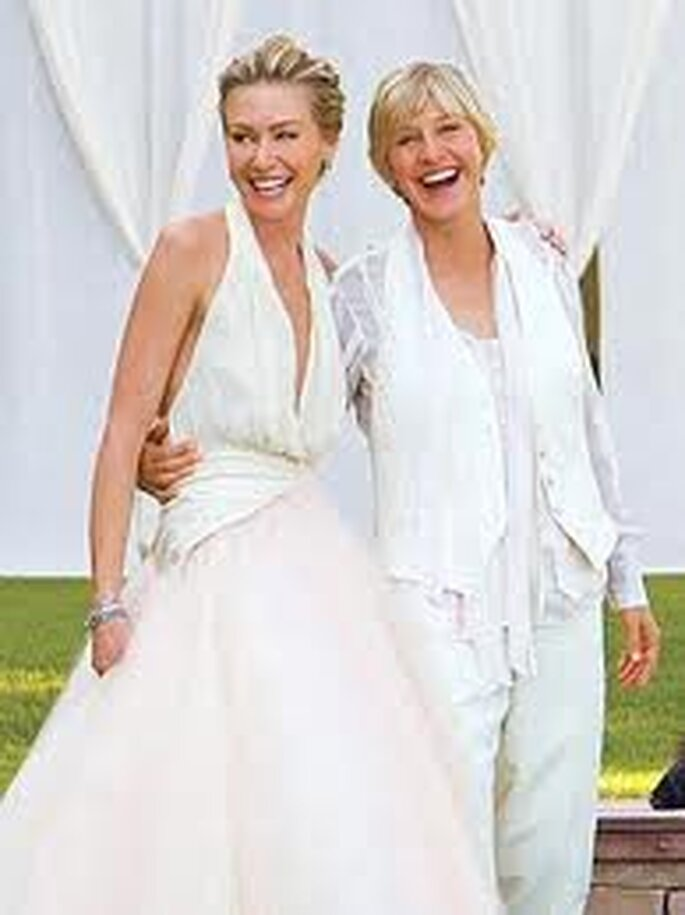 Auch gleichgeschlechtliche Promis trauen sich – Foto: Ellen DeGeneres and Portia de Rossi via facebook