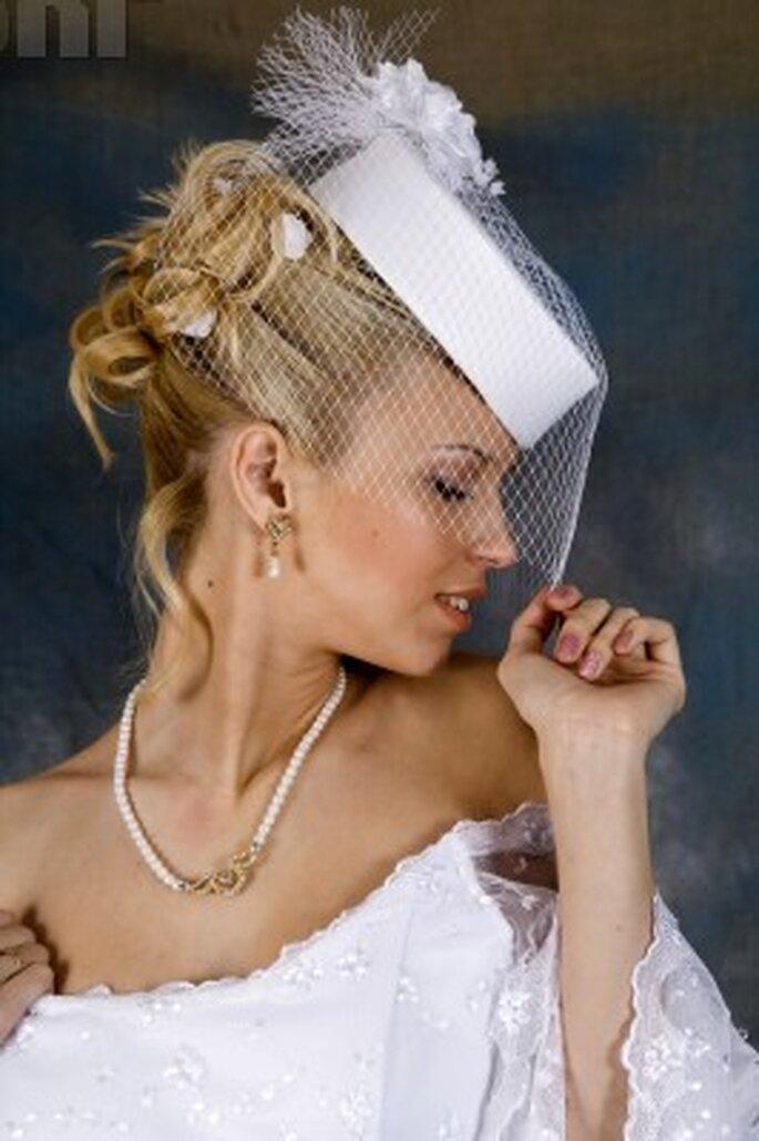Cappello da sposa in pizzo