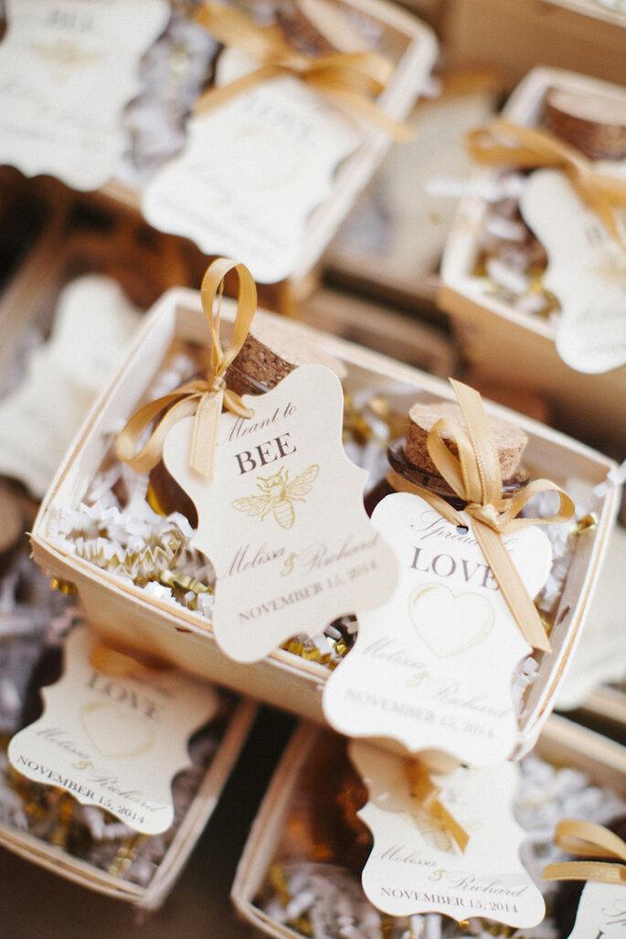 Cómo organizar una boda exitosa - Leslie Hollingsworth