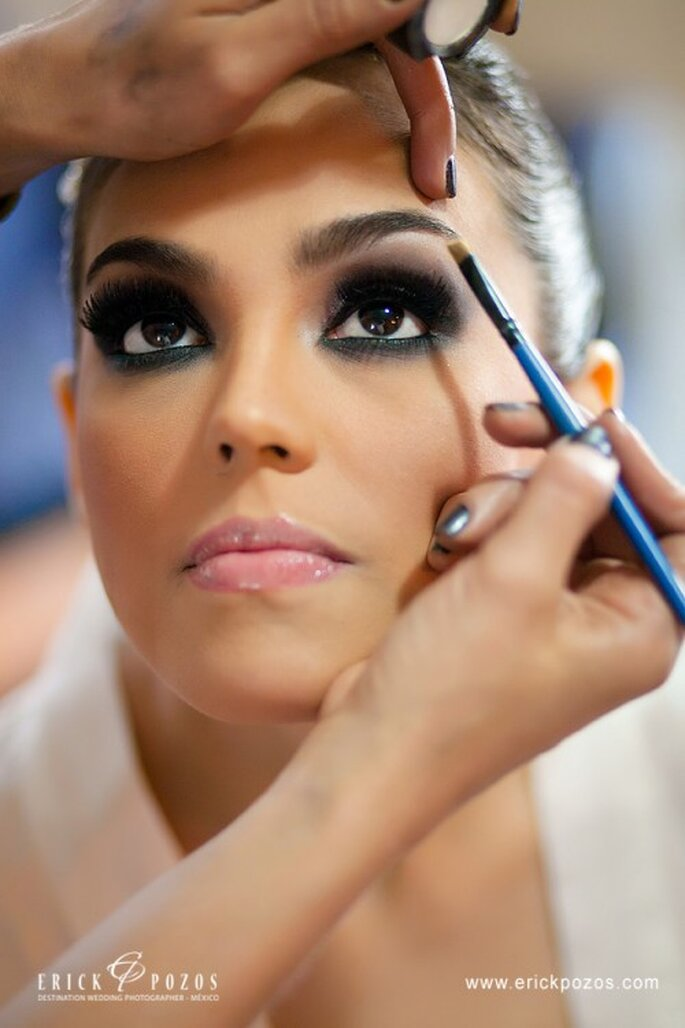 Smoky Eyes werden auch bei Hochzeiten geschminkt – Foto: erickpozosblog.com
