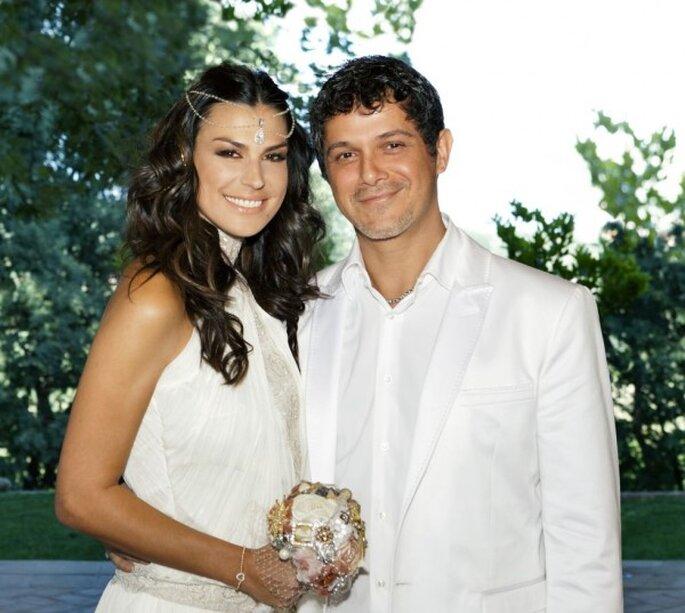 Alejandro Sanz y Raquel Perera en la celebración de su boda. Foto: RLM