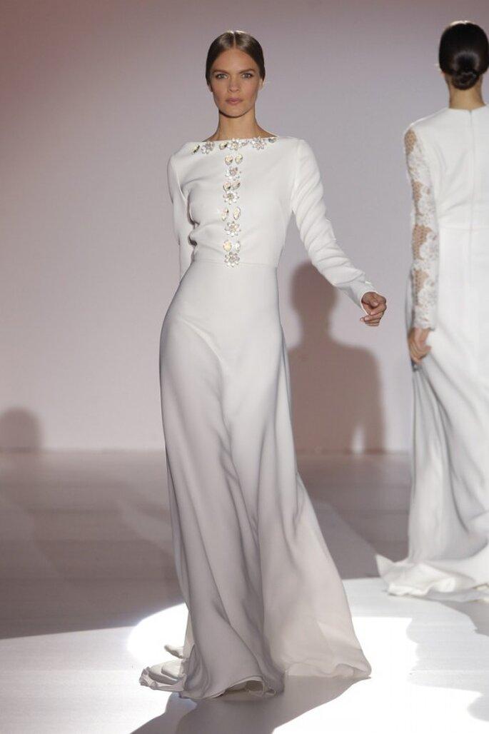 Vestidos de novia primavera 2015 con mangas largas - Foto Juana Martín