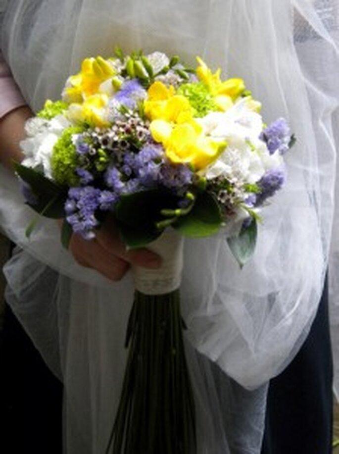 Flor de cera: Novia inocente
