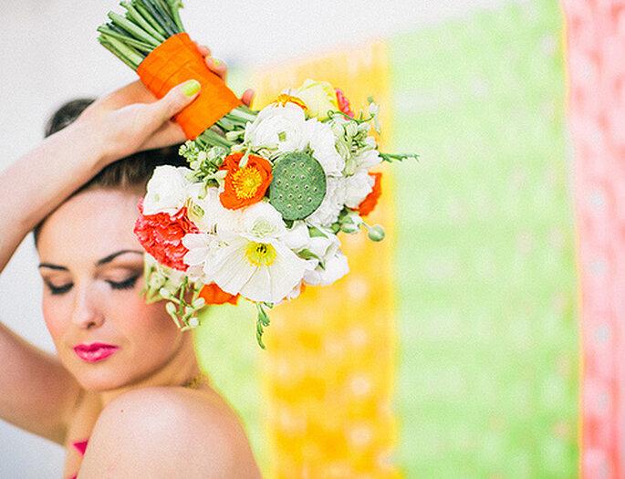 El maquillaje es otro punto donde puedes explotar los colores neón. Fotos de Cathrin d'Entremont