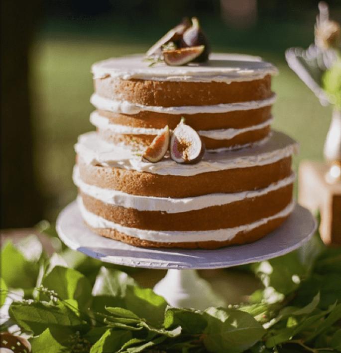Los mejores pasteles de boda con estilo rústico - Foto Bamber Photography