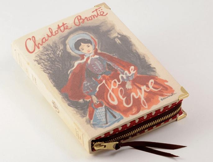Bolso de fiesta con forma de libro de Jane Eyre - Foto PS Besitos