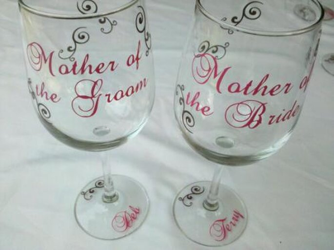 Mother of the Bride & Groom Wedding Gift Ideas Inspired by Mothers ...