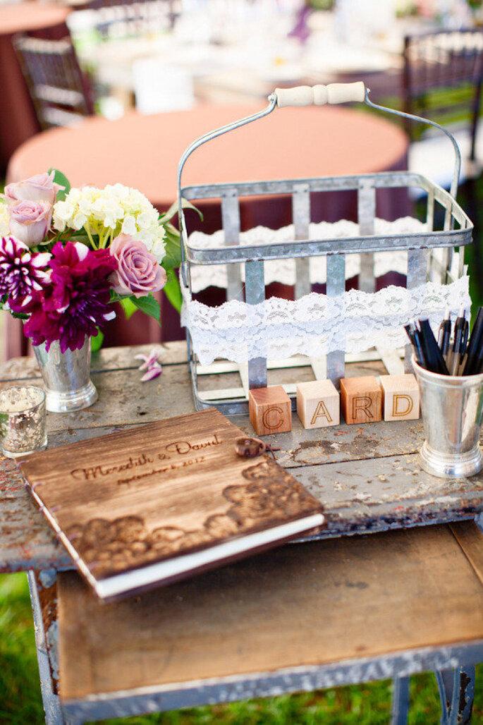 Las ideas más originales para recibir mensajes de los invitados en tu boda - Kelly Dillon Photography