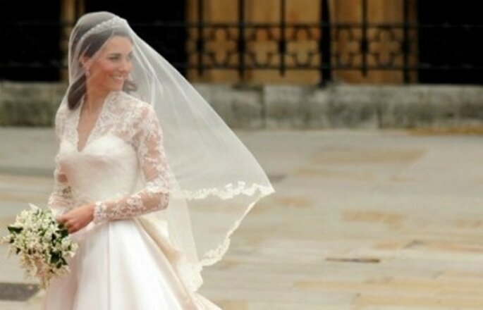 Il dettaglio che più ricorderemo dell'abito da sposa di Kate Middleton?Sicuramente il corpetto con le maniche in pizzo!