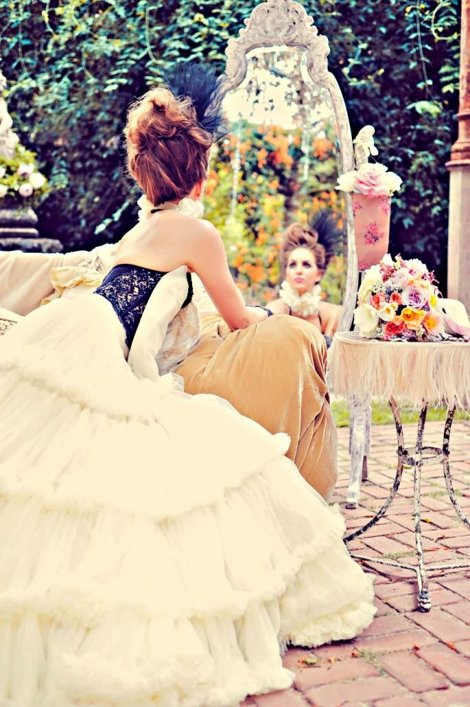 Photo : Marie-Antoinette Bridal_Tamiz Photography