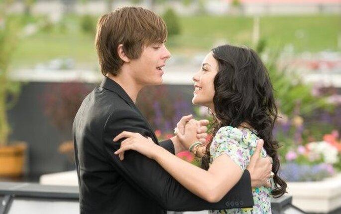 Zac Efron & Vanessa Hugdens