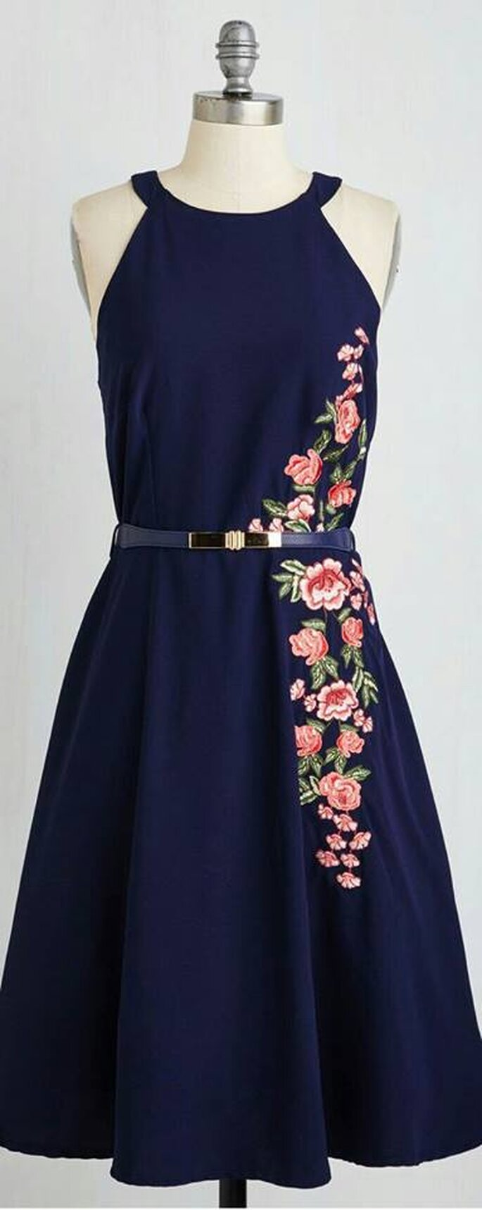 Photo Source: Naaz The Designer Boutique