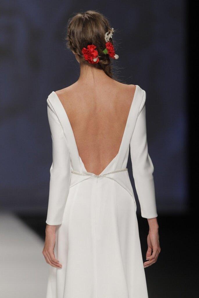 Los escotes de espalda más lindos de la BBW - Foto Victorio y Lucchino