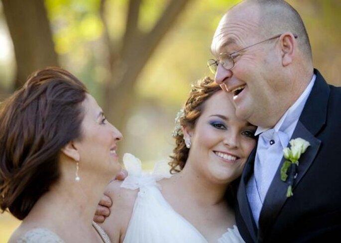 Deja que tu mamá y tu suegra participen y te ayuden con la boda - Foto Irán López
