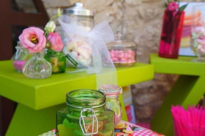 I dolci sono perfetti anche come decorazione del tavolo della wedding cake. Foto : One Day Event