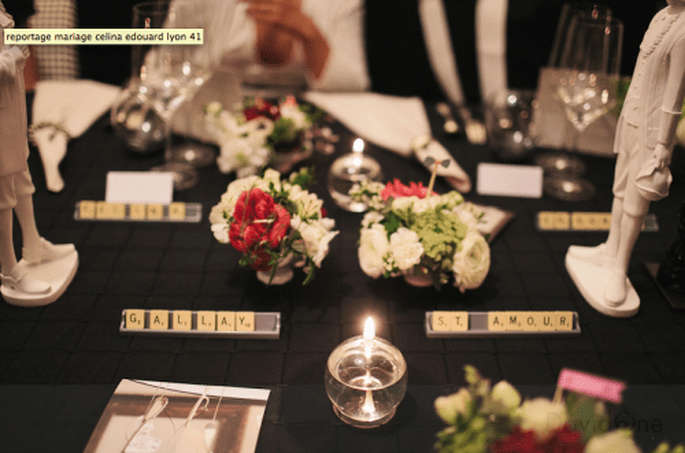Decoración de mesas de boda con manteles negros. Fotografía David One