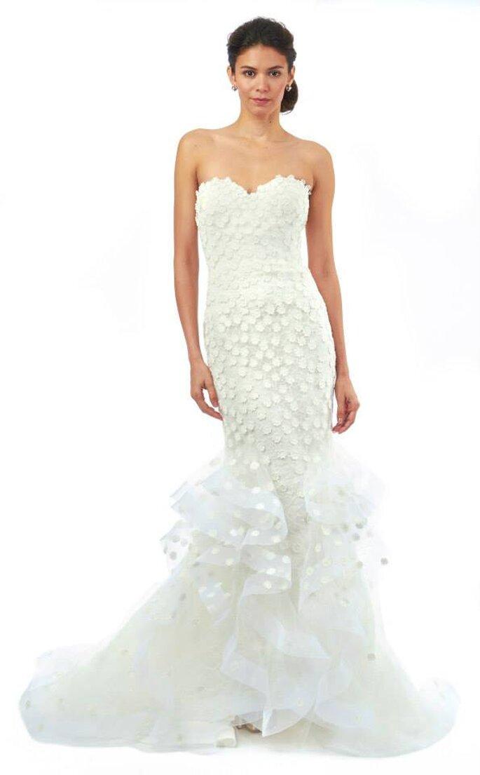 Vestido de novia con detalles de margaritas superpuestas. Oscar de la Renta Colección Otoño 2014