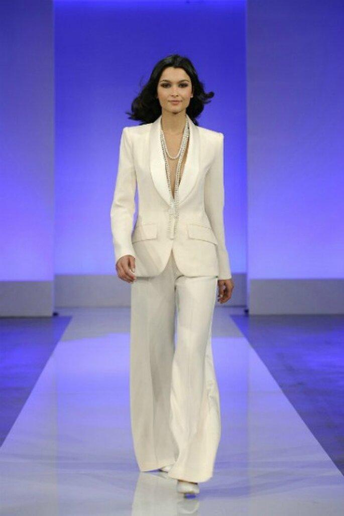 Robe de mariée Cymbeline 2013 La Parisienne, modèle Gaby - Photo : Cymbeline