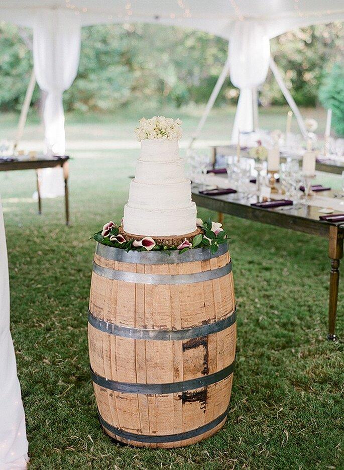 Los mejores pasteles de boda con estilo rústico - Foto Melissa Schollaert