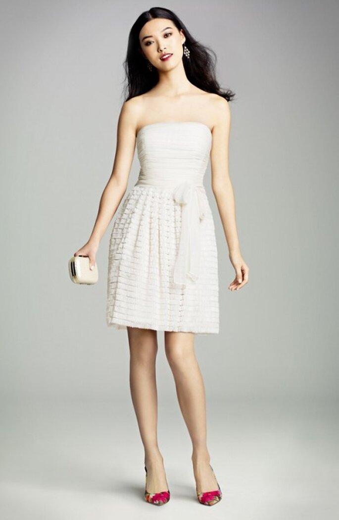 Minivestido blanco para novias en primavera 2013 - Foto Nordstrom
