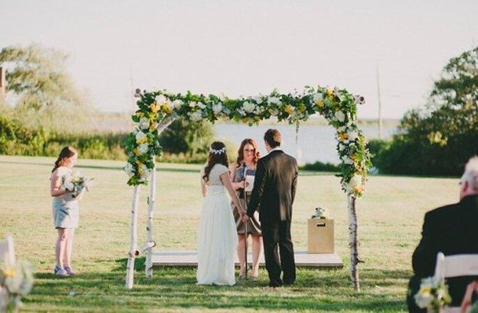 Hochzeit im Garten – Foto: Alexandra Roberts