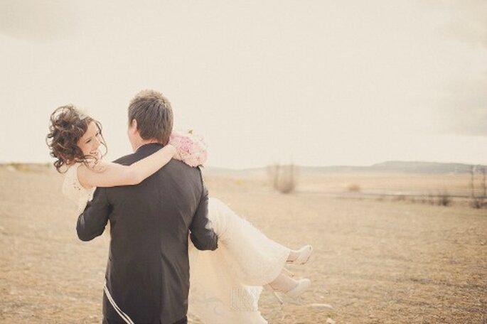 Pas question de céder aux clichés du mariage ! - Photo : Fran Russo